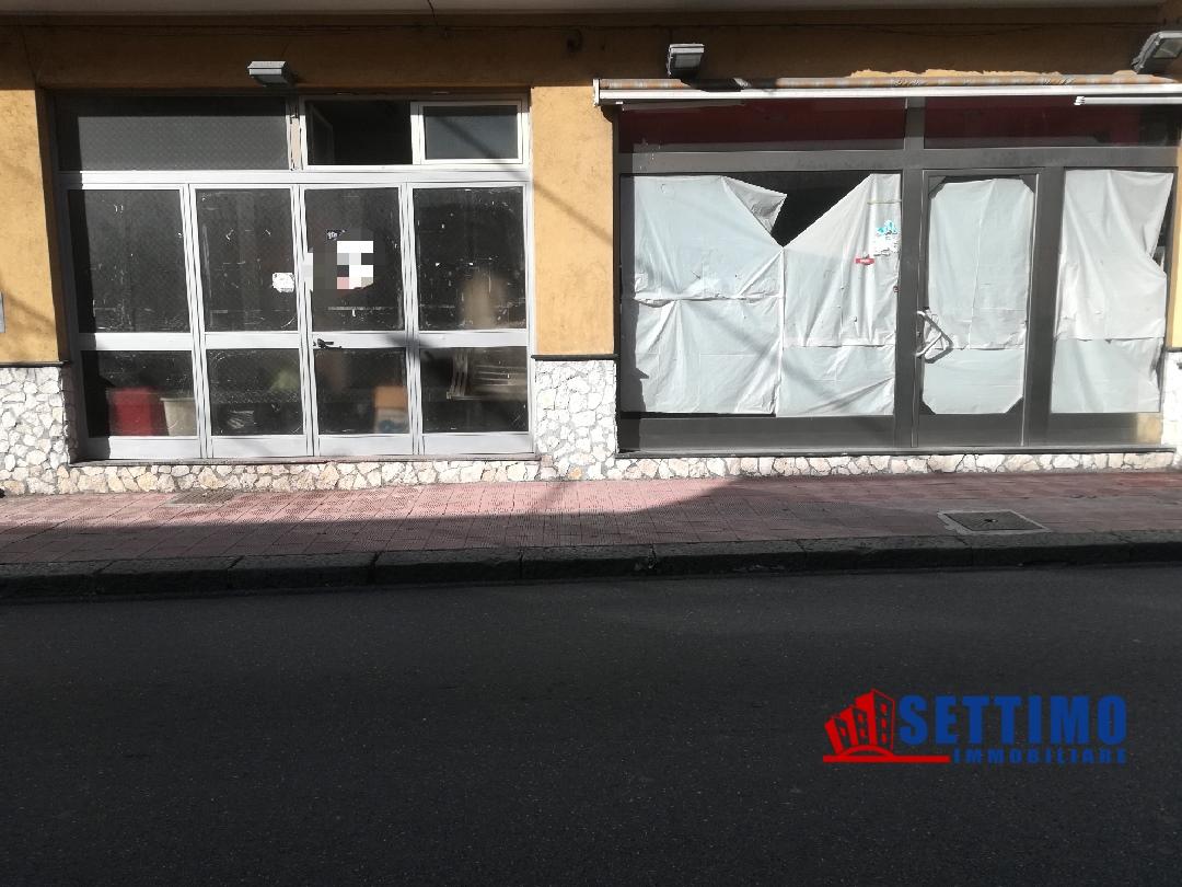 Ufficio / Studio in vendita a Santa Teresa di Riva, 2 locali, prezzo € 200.000 | CambioCasa.it